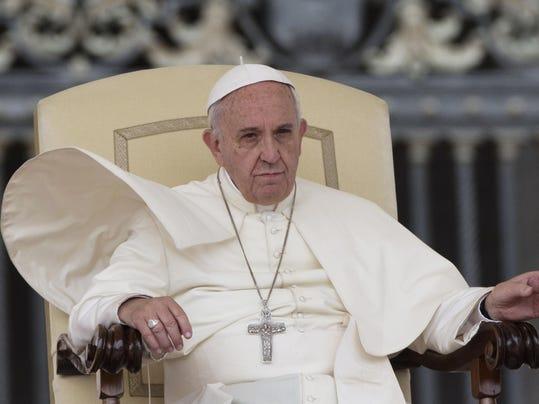 Vatican Pope_Mend (6).jpg