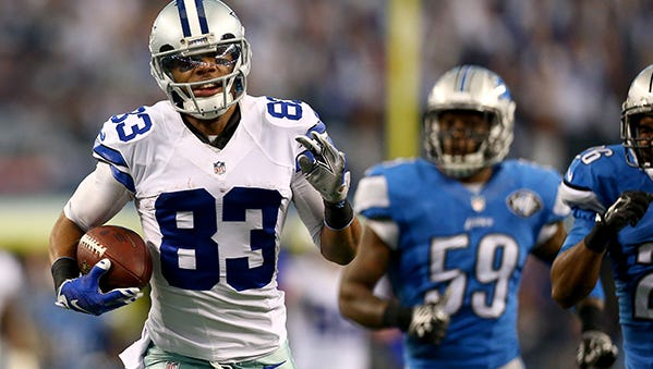 Terrance Williams scores on a 76-yard reception in the second quarter.