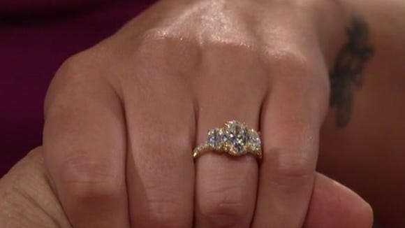 See Becca's massive engagement ring from The Bachelorette finale