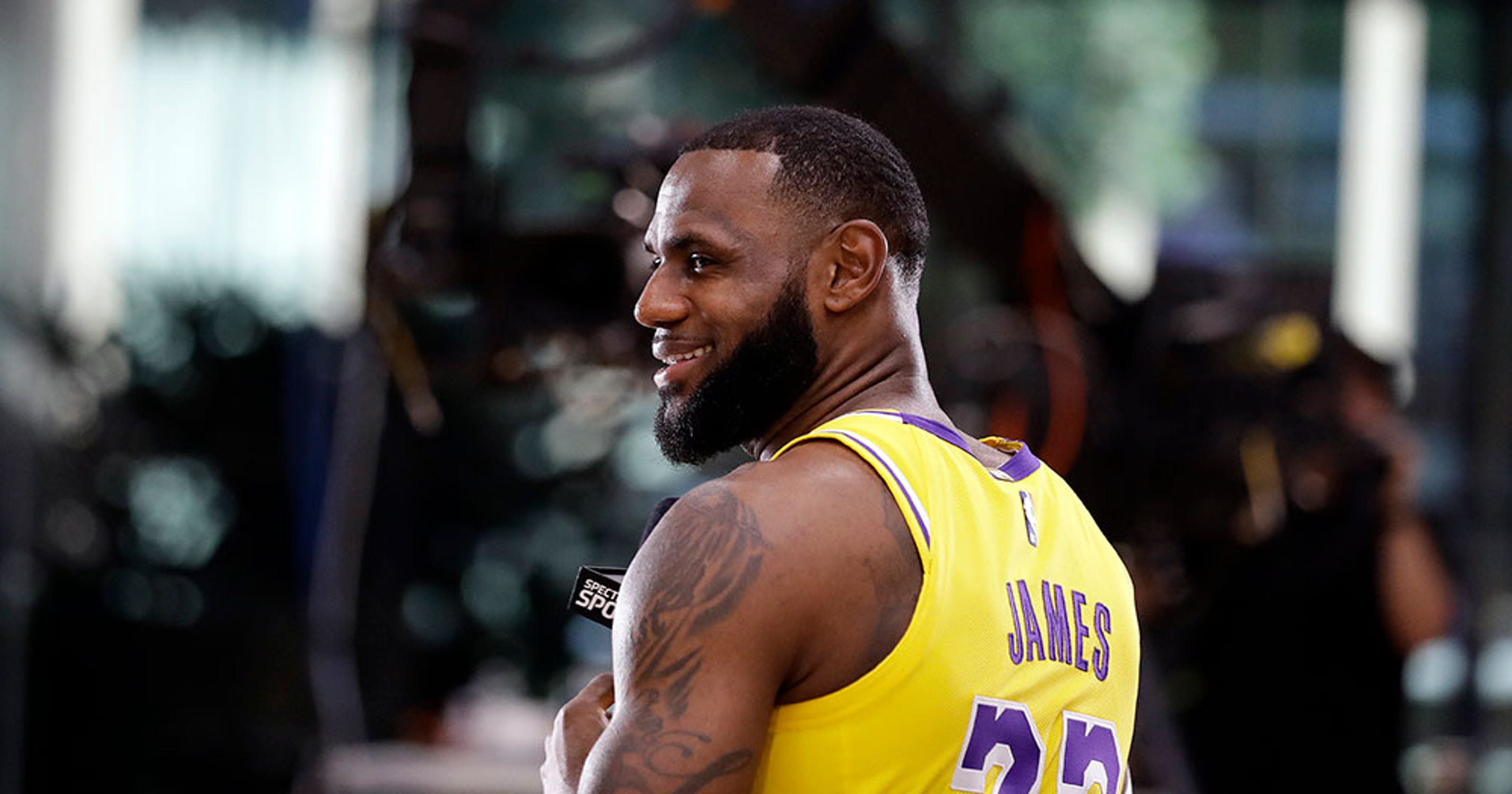 32b3b01b2a78 LeBron on expectations for the Lakers