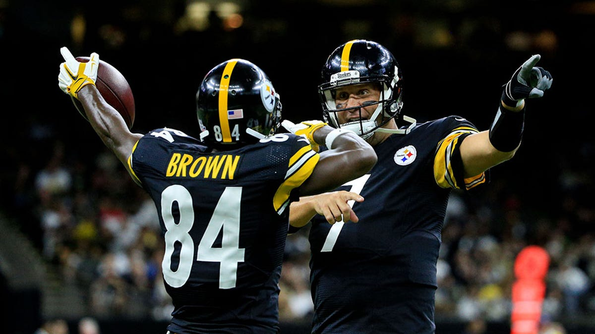 Antonio Brown opened up on the end of the Steelers' season during a Twitter Q&A.