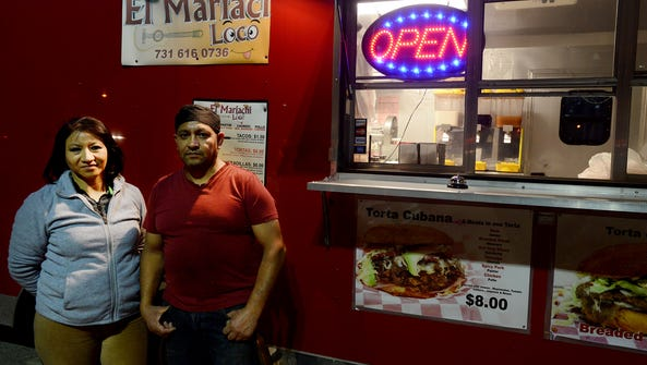 Irma and Martin Muñoz are the owners of El Mariachi,
