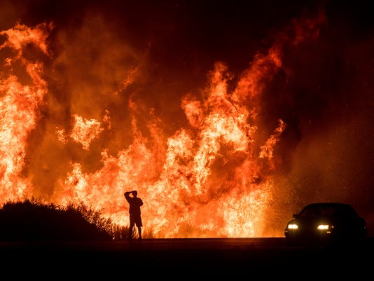 AP APTOPIX CALIFORNIA WILDFIRES A USA CA