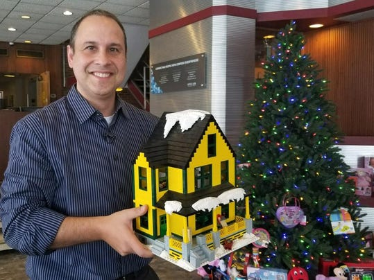 Christmas Story Lego Set (3)