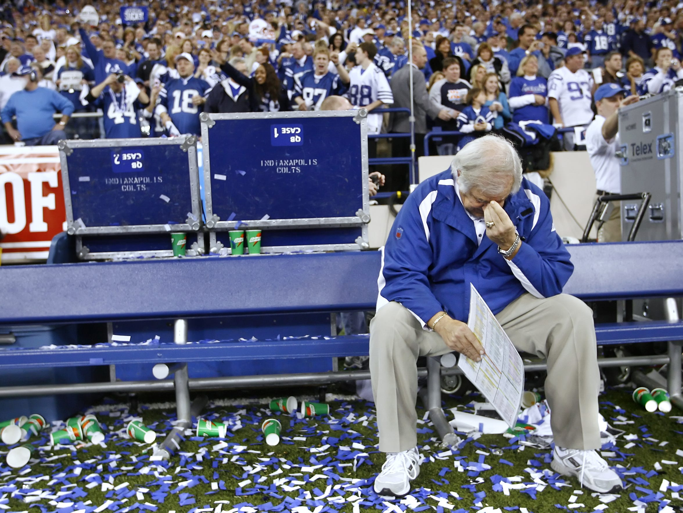 Longtime NFL coach and Colts offensive coordinator