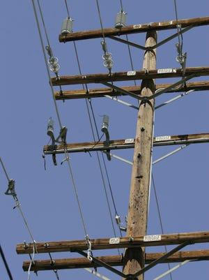 IID warns that it might institute rolling brownouts Friday if customers don't reduce usage.