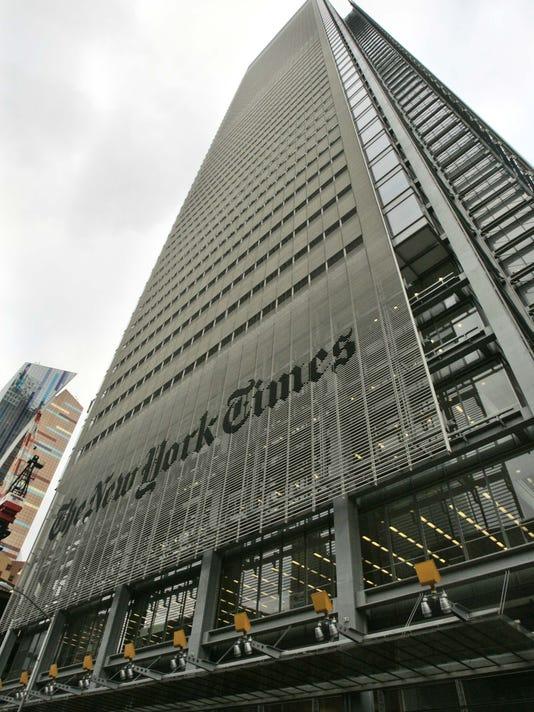 Newspapers_Real_Estate_NYBZ140.jpg