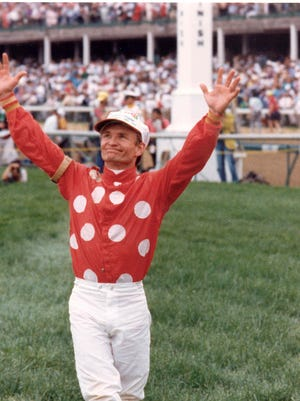 Pat Day after winning the 1992 Kentucky Derby on Lil E. Tee.