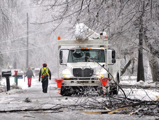 Utility workers 2013 ice storm