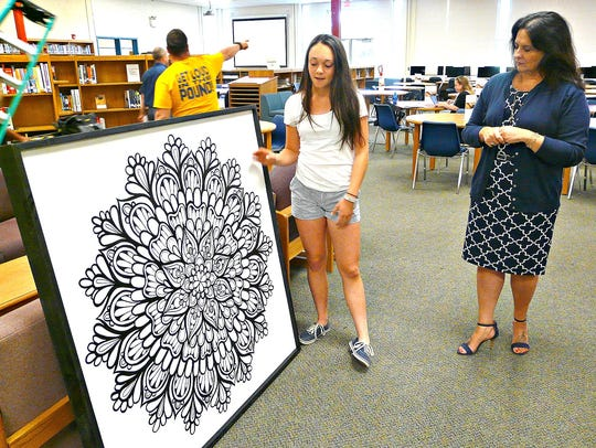 Del Val student Madison Scott, Class of 2019, chats