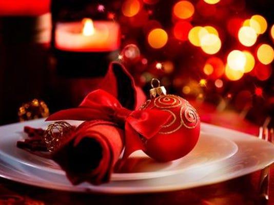 636178501634438797-Christmas-Dinner.jpg