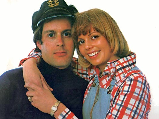 635974848054535760-1b.-The-Captain-and-Tennille---early-years.jpg