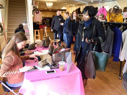 ridgewood boutique helps identify real designer handbags. Black Bedroom Furniture Sets. Home Design Ideas