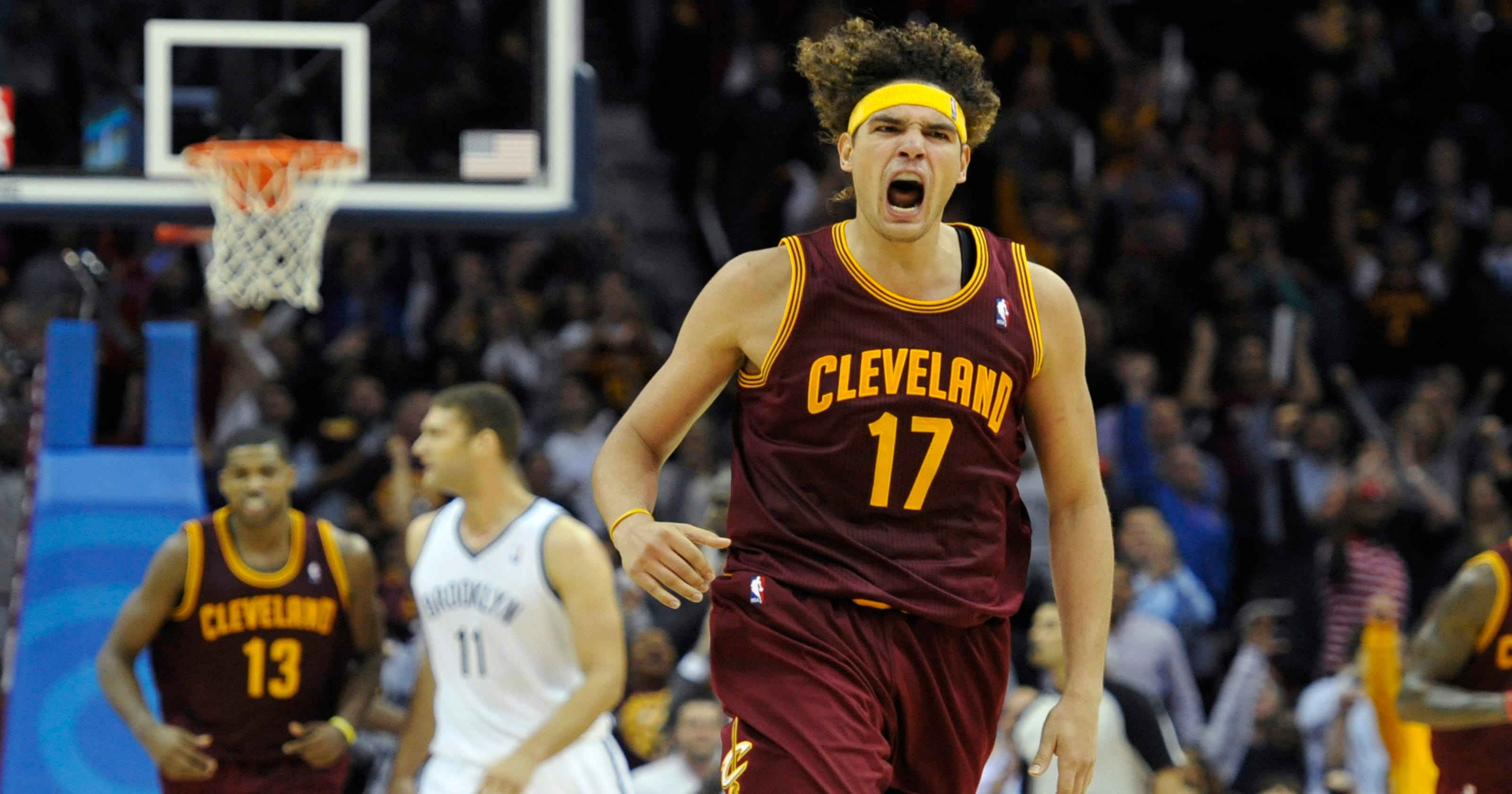 9c8e5780acce Anderson Varejao lifts Cavaliers past reloaded Nets
