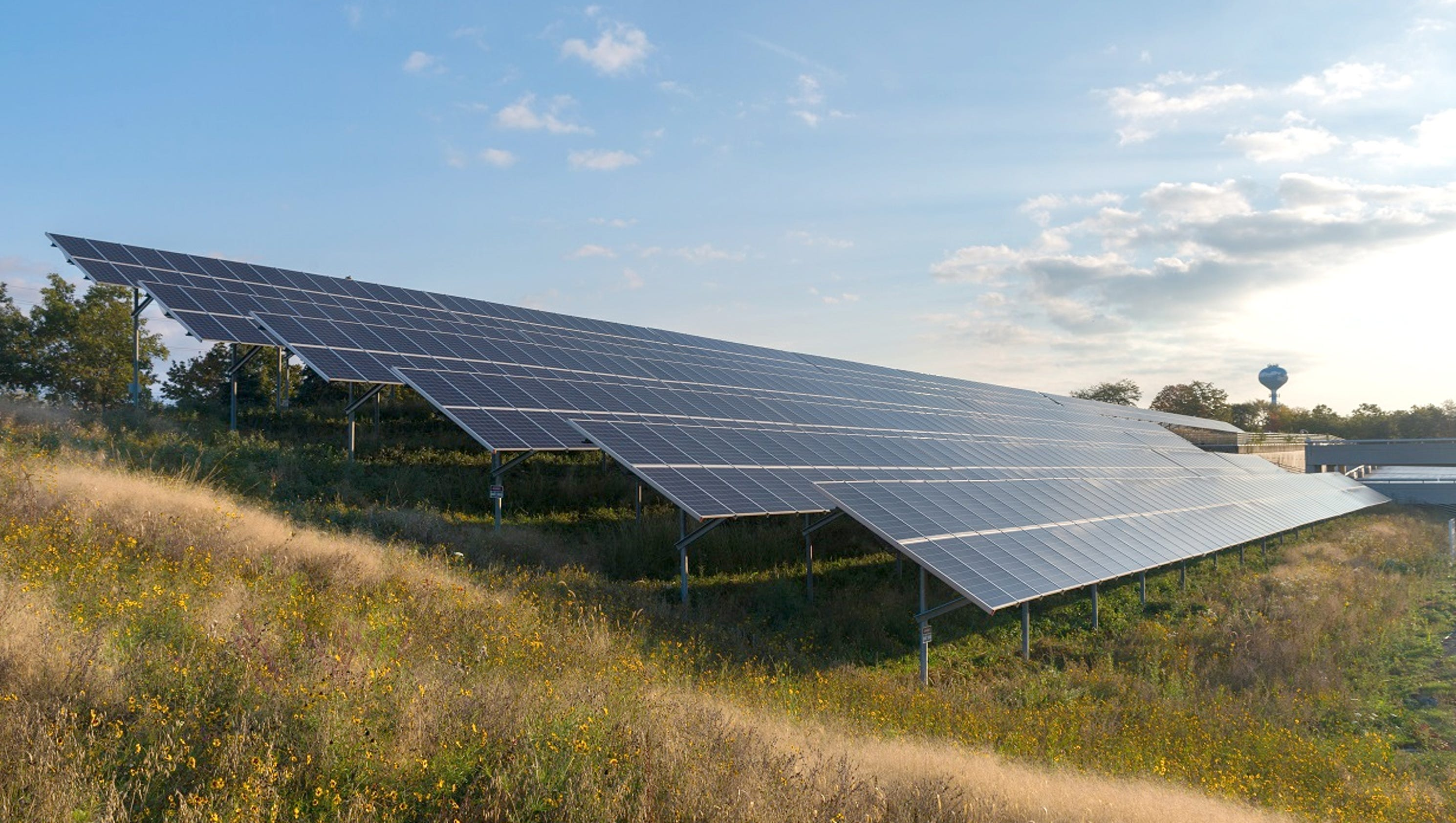 Dte Plans 10 Acre Solar Array In Detroit