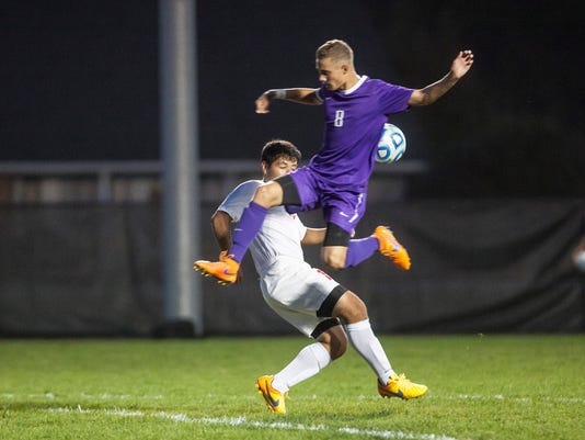 635798505206510533-MNI-1007-Boys-soccer-Sectional34