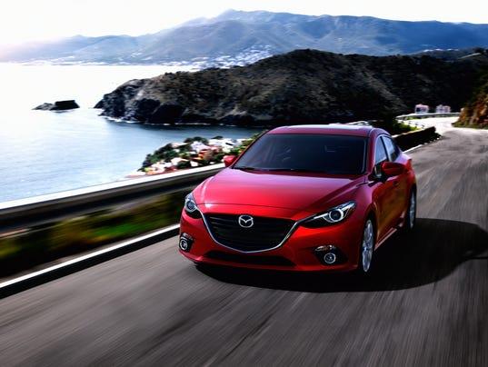 2014 Mazda3 4D CGI (03)