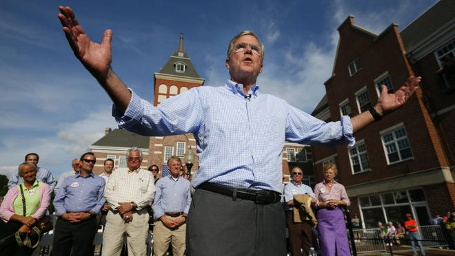 GOP presidential candidate Jeb Bush speaks at Molengracht plaza in Pella Wednesday, June 17, 2015.