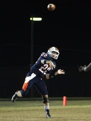 Beech QB Nelson Smith launches a throw downfield against Columbia on Thurs. Nov. 2, 2017. Photo by Dave Cardaciotto