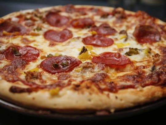 J Ben's Pizza at Simon's in Des Moines.