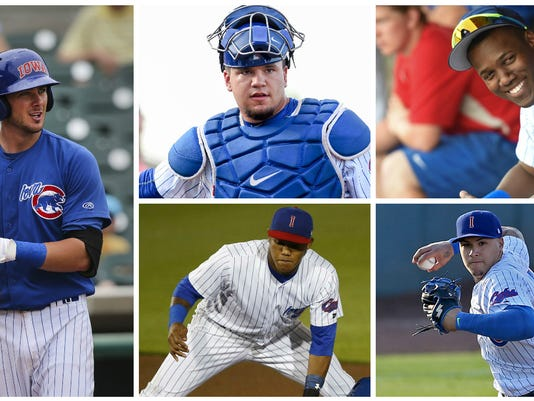635803382889240632-I-Cubs-players