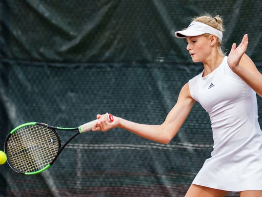 NSN_HST_tennis-subsect_0220