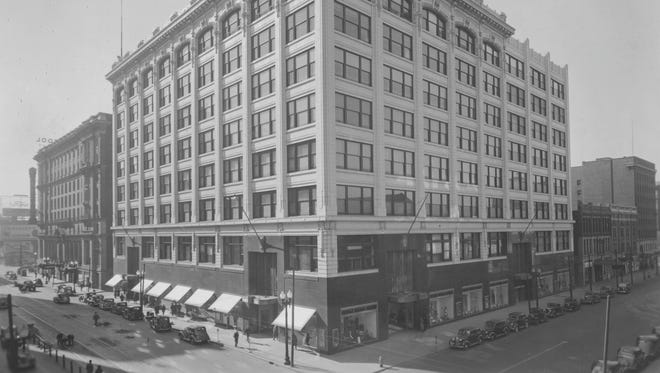 Picture of William H. Block Company taken soon after occupancy of new wing. (10/28/1938)