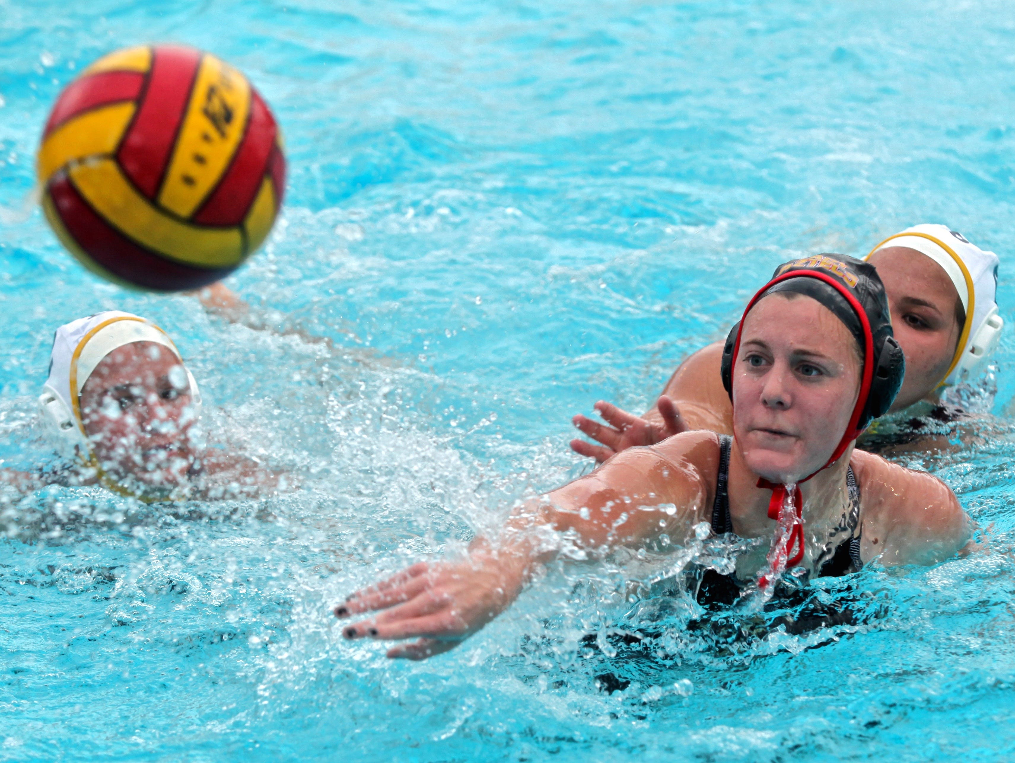 Palm Desert's Elise Stein (7) attempts to score a goal during a match with the La Quinta Blackhawks on Monday.