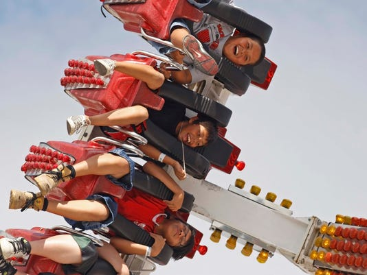 SAL0820-carnival ride.jpg