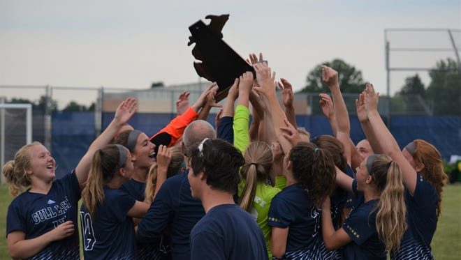 Gull Lake defeated Marshall, 1-0, to win a Division 2 Regional Championship and advance to the state semifinals.