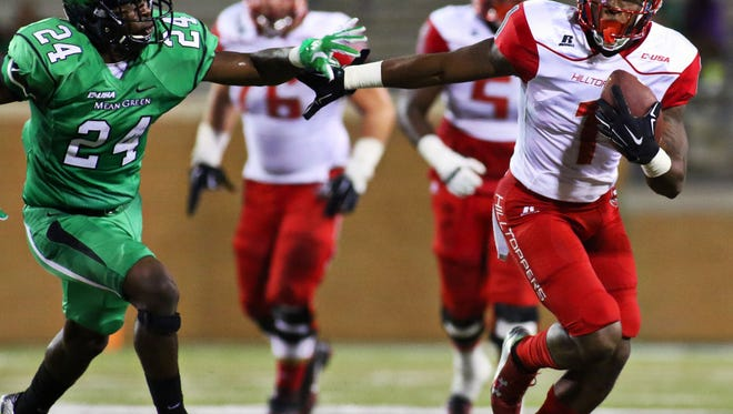Western Kentucky Hilltoppers wide receiver Nacarius Fant (1) runs after the catch in a 2015 game vs. North Texas.
