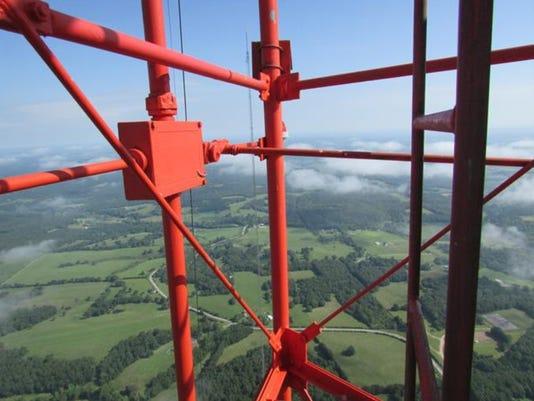 KOZK tower in Fordland 74