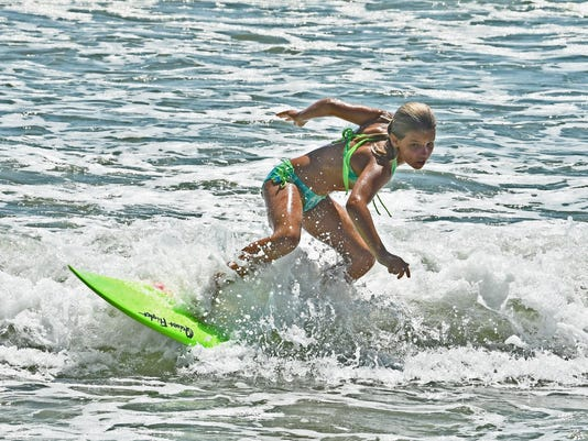 Easter Pro-Am Surfing