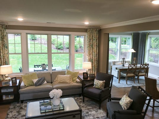 Mariners-Pointe-Charthouse-Model-Living-Room.jpg