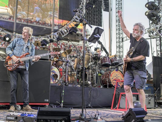 Grateful Dead Fare Thee Well Show