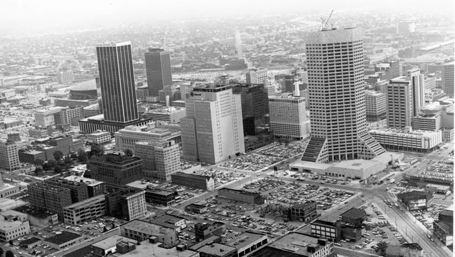 Downtown Indianapolis skyline in 1982.