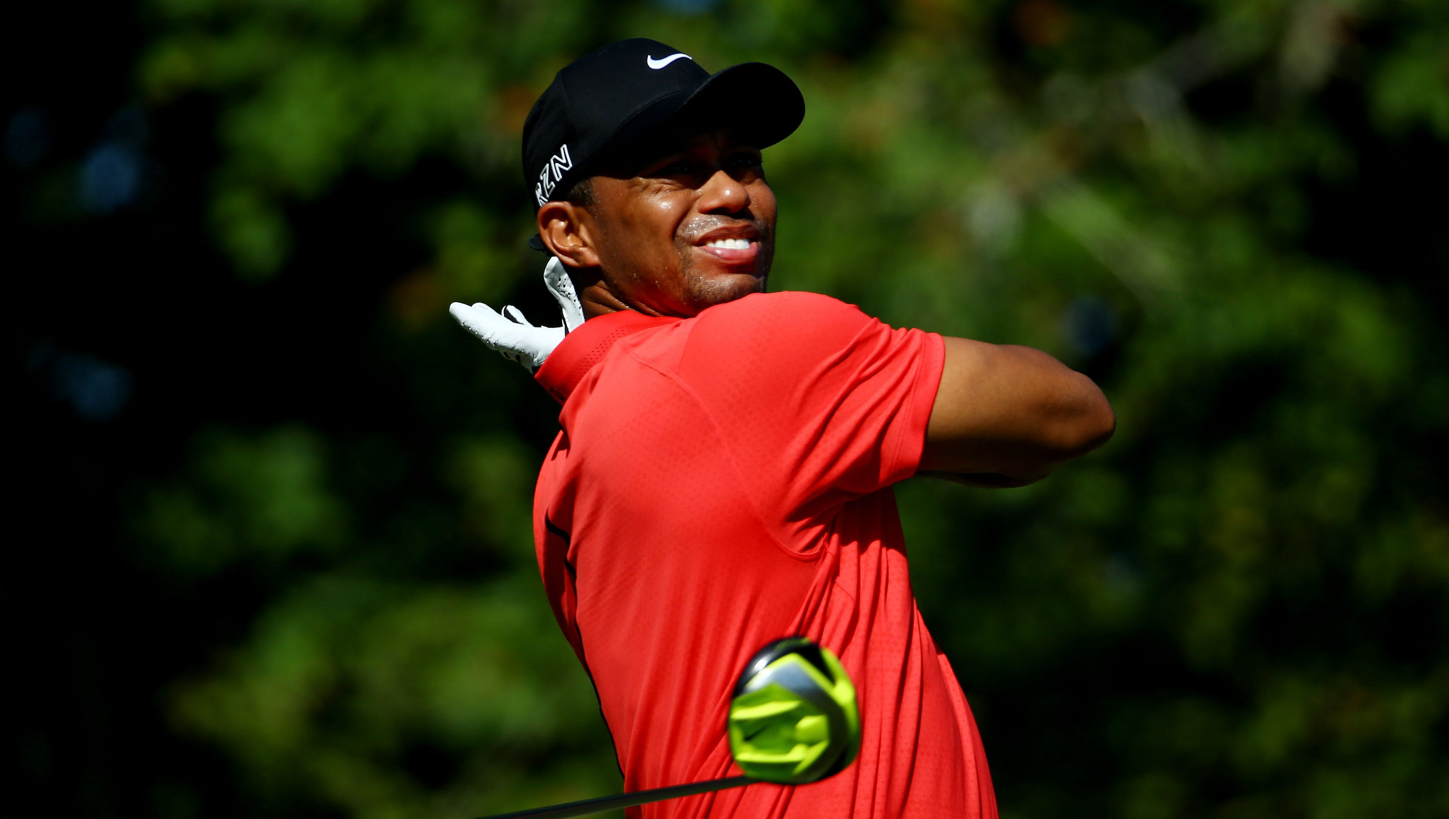 tiger woods finds highlights among his lowlights at the