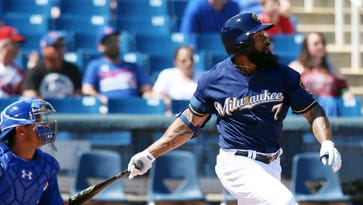 Brewers' camp was matter of adjustments for Eric Thames