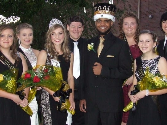 Pictured from left prior to the SCHS homecoming festivities