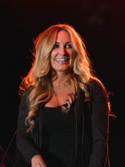 Lee Ann Womack at 2016 Las Cruces Country Music Festival.