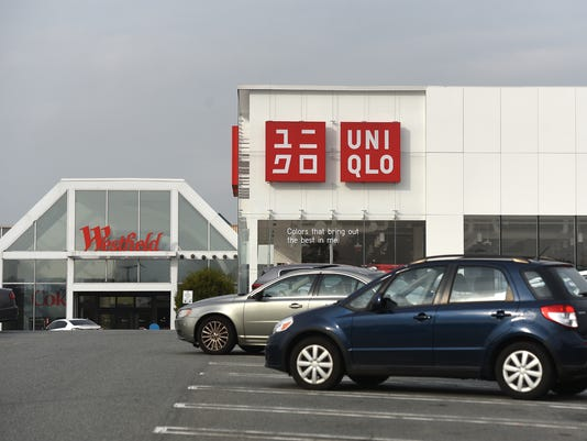 Uniqlo Clothing Chain Preparing To Move To Paramus Park Mall