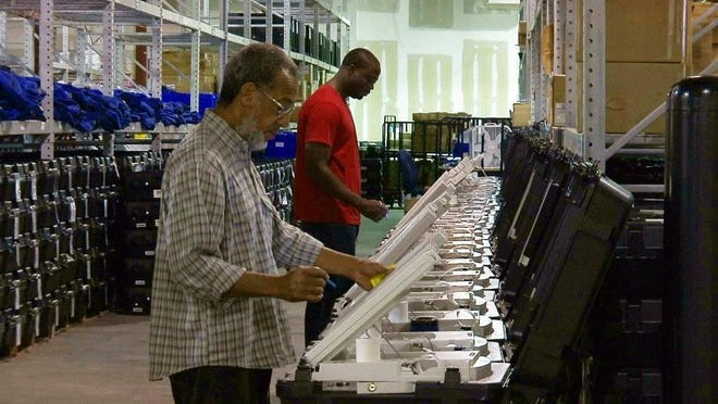 A Vox caller questions the testing procedure for Georgia's new voting machines.