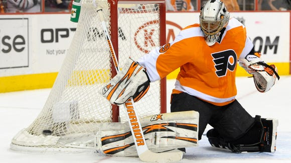 Flyers goalie Ray Emery