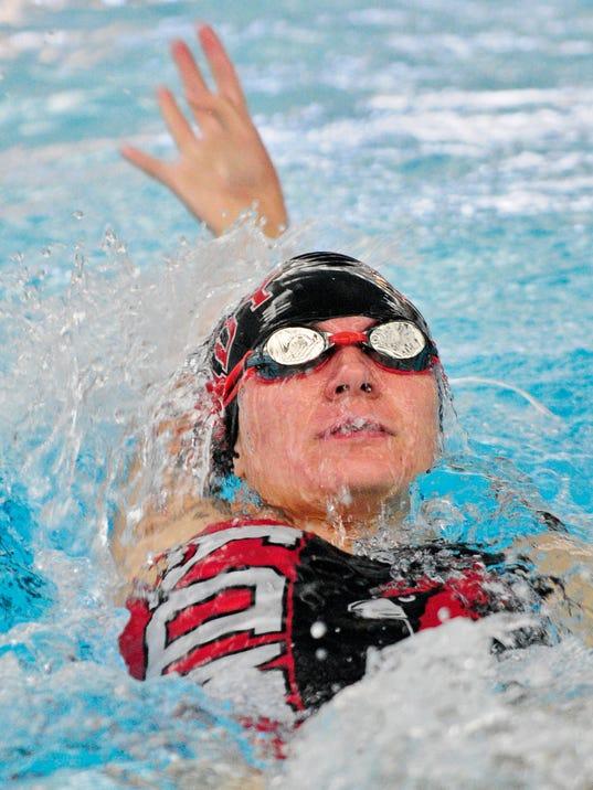 FON 0822 Fondy Swimming.jpg