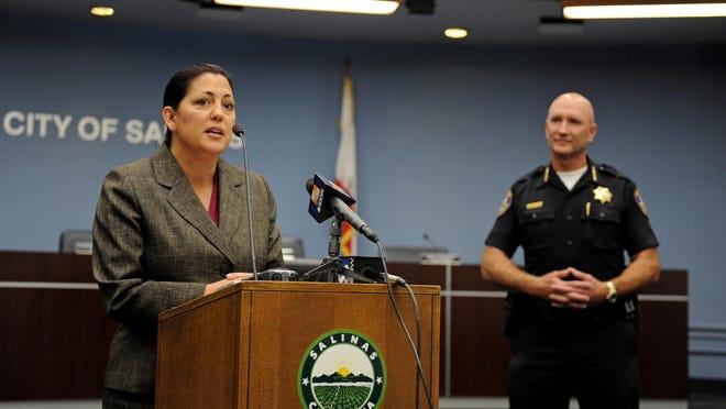 Adele Fresé, actual jefa de la policía de Greenfield, fue presentada el miércoles, 21 de septiembre, como la nueva jefa de la policía de Salinas,en la Rotunda del Ayuntamiento de la ciudad.