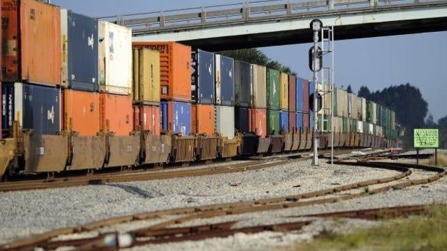 A southbound Florida East Coast freight train hauls cargo. (FILE PHOTO)