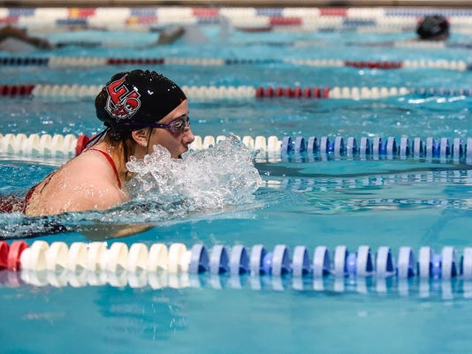 Madison Linstedt Elgin swimming