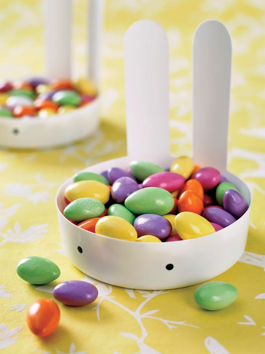 Crafts-Easter Table (2)