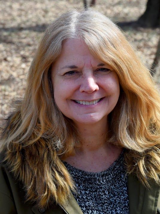 Author Elizabeth Massie