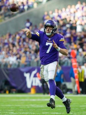 Minnesota Vikings quarterback Case Keenum (7) passes in the third quarter against the Los Angeles Rams at U.S. Bank Stadium on Sunday in Minneapolis